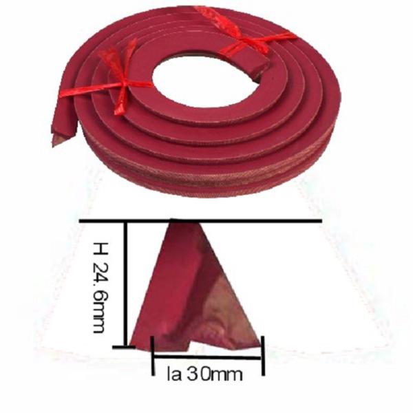 Caoutchouc Triangulaire K66 –  la longueur 285cm -30mm*30mm*28mm