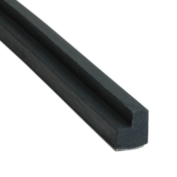 Caoutchouc Noir Snooker en L – la longueur 1,83m – 22mm*19mm