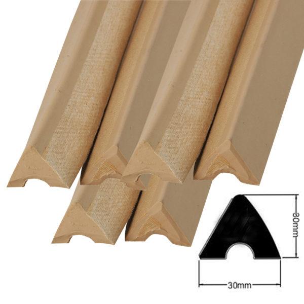 Caoutchouc Triangulaire (30mm*29mm*28) le jeu de 6 longueurs 122cm